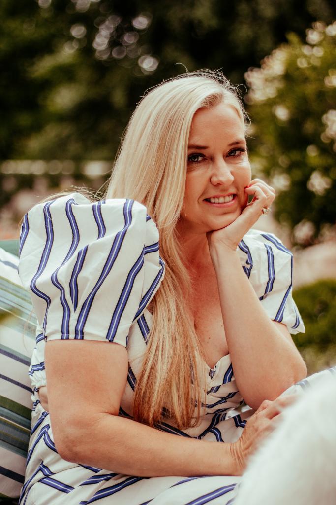 summer dress codes blogger fashion lifestyle styling