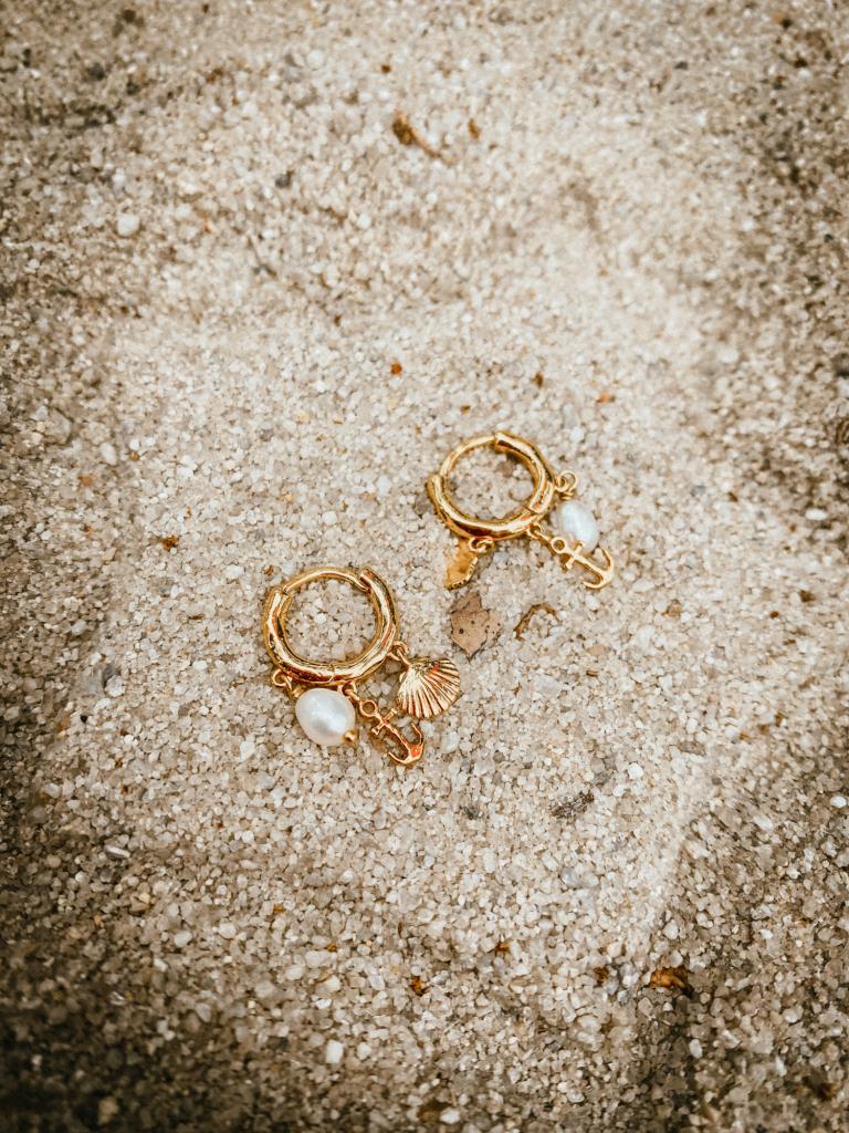 gorjana earrings