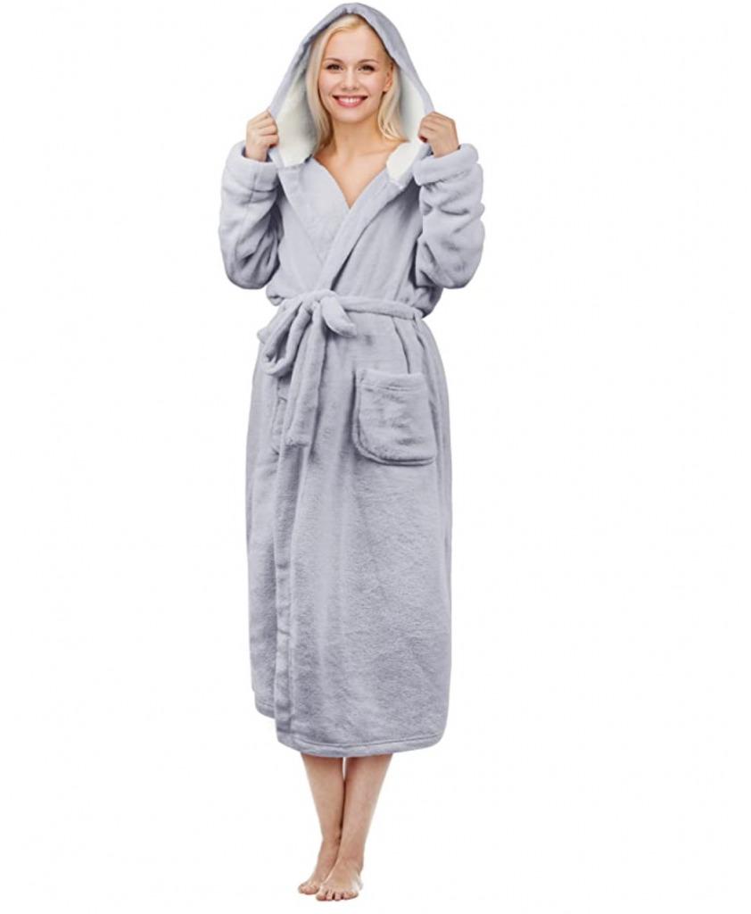 terrinia hooded sherpa robe
