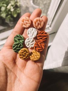 clay knit studs