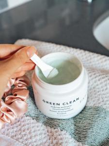 farmacy green clean balm