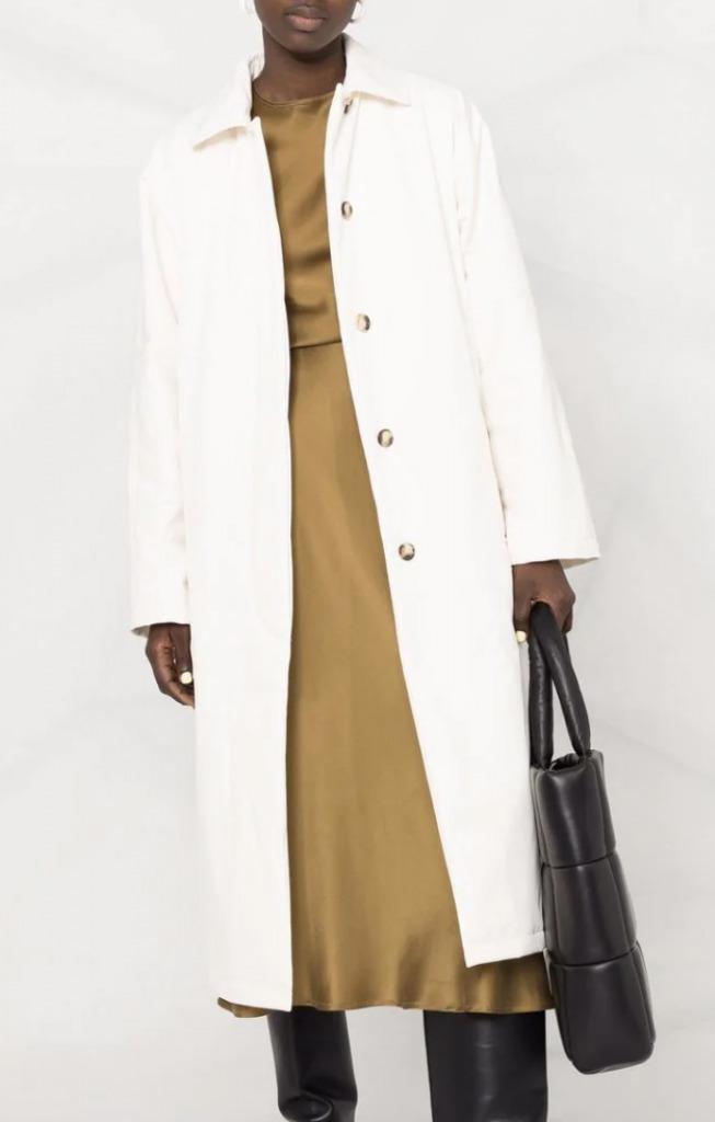 andy sachs white coat